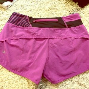 "LULU LEMON 4"" INCH RUNNING SHORTS"